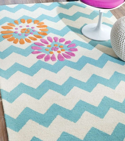 It Has Kids Design Style With A Woven Backing Type Safa Dreamer Soaring Planes Rug High Durability And Good Resistance To Stain
